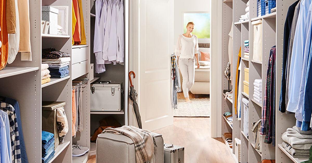 wohnidee begehbarer kleiderschrank m bel h ffner. Black Bedroom Furniture Sets. Home Design Ideas