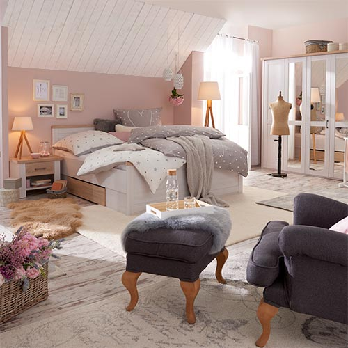 Schlafzimmer ideen schlafzimmerm bel bei h ffner - Schlafzimmer mit ausblick ideen bilder ...