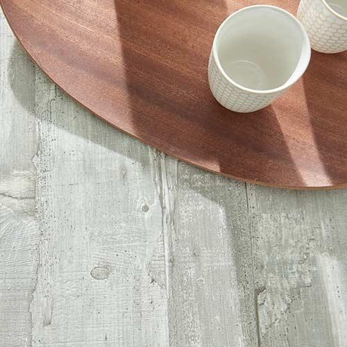 Betonfarbene Tischplatte
