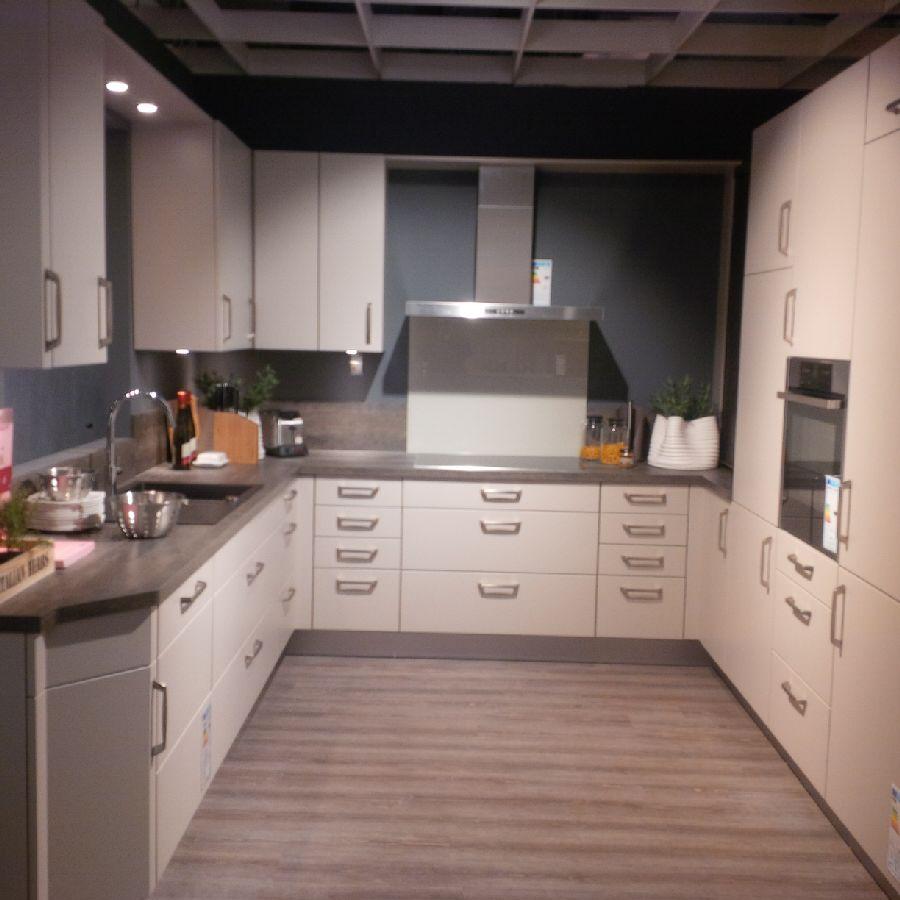 kchenzeile poco domne poco einbaukche finest winkelkche einbaukchen einbaukchen poco kchen. Black Bedroom Furniture Sets. Home Design Ideas