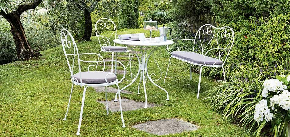 Gartenmöbel im Landhausstil | Möbel Höffner