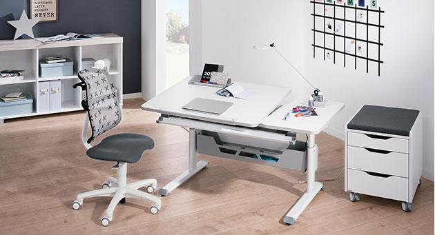 Schulanfang Kinderzimmer Schreibtisch