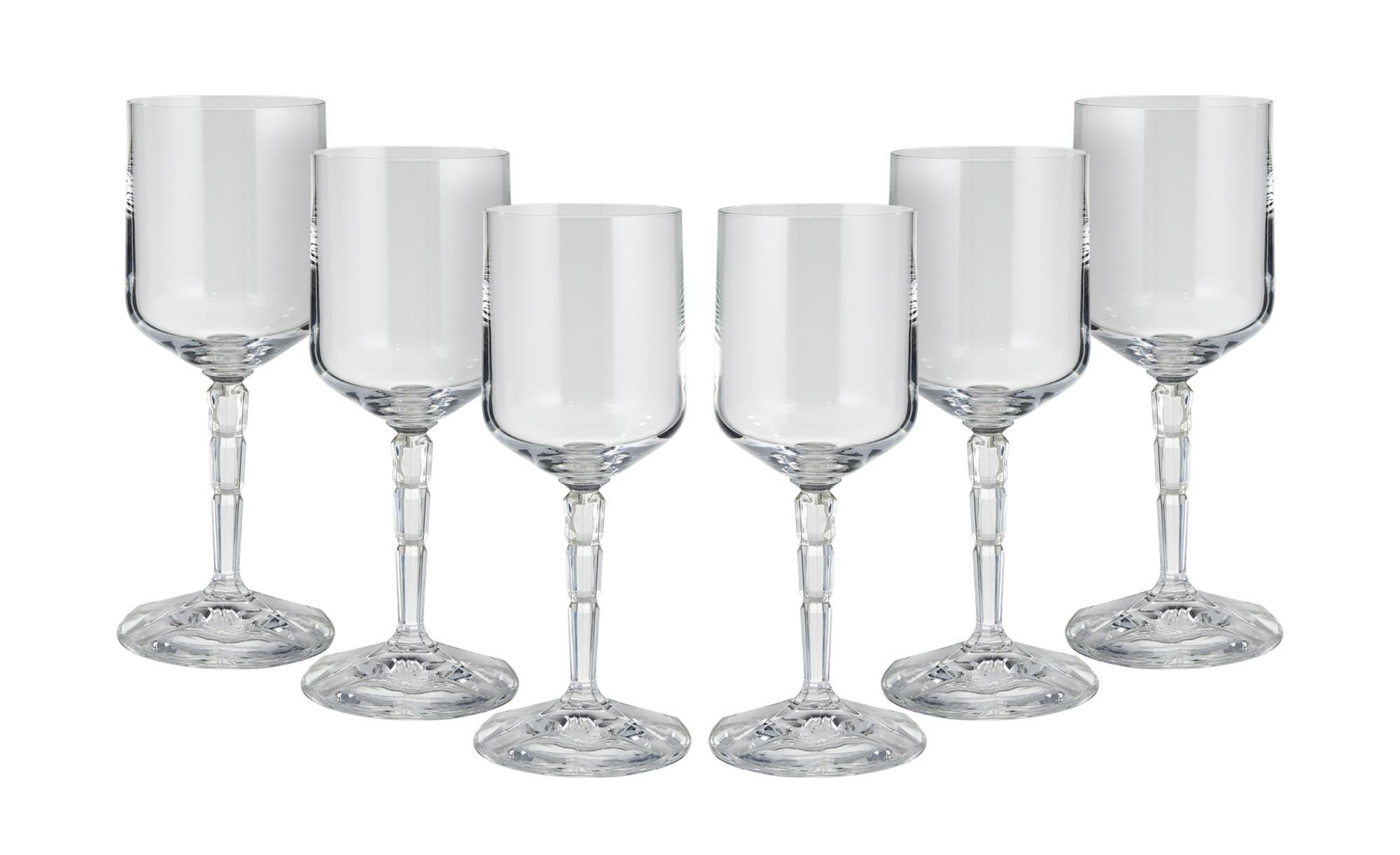Cocktailglas auf Stiel